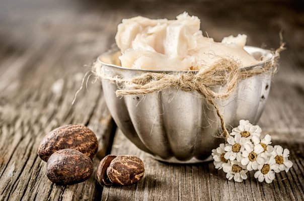 burro di karité, noci e fiori